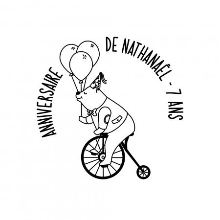 Tampon personnalisé anniversaire Ours sur son Vélo