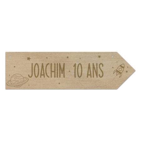 Flèche directionnelle  en bois personnalisée pour anniversaire sur le thème de l'espace « Vers l'infini…»