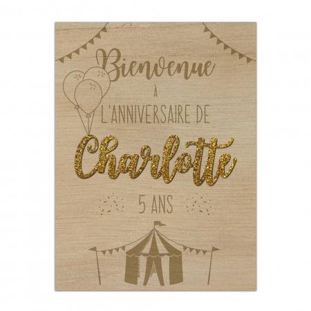 Panneau de bienvenue personnalisé en bois Circus avec prénom relief (2e police) en plexi glitter or