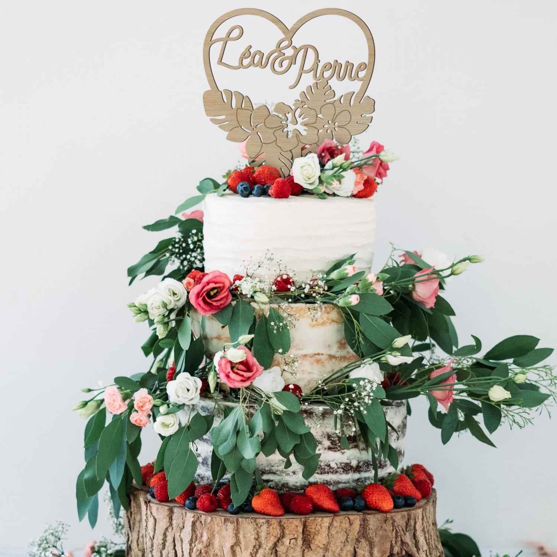 Cake topper personnalisé mariage fleurs tropicales bois okoumé